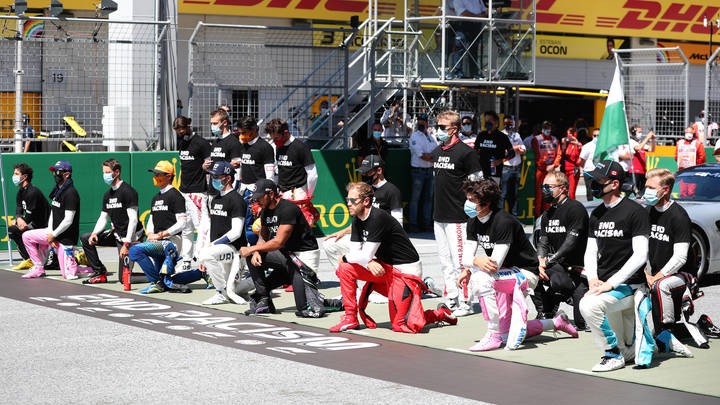 Квят и те, кто пошёл против толпы: Отказ гонщиков Формулы-1 встать на колено вызвал восторг