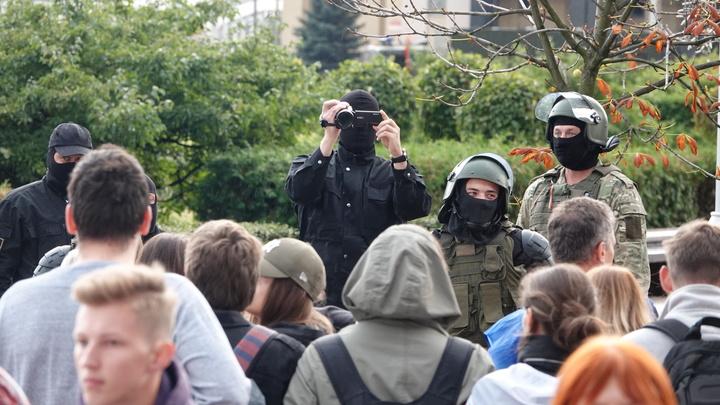 Пощады не жди! Военкор показал послания с угрозами от белорусских партизан
