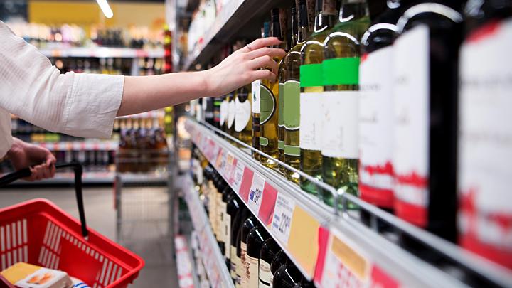 К чему приведёт очередная попытка запретить продажу спиртного до 21 года