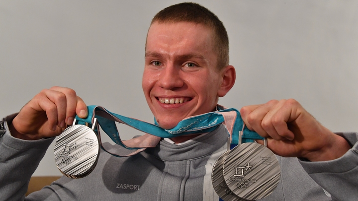 Когда нас критикуют, мы сильнее: Лыжник Большунов победил в гонке на 15 километров