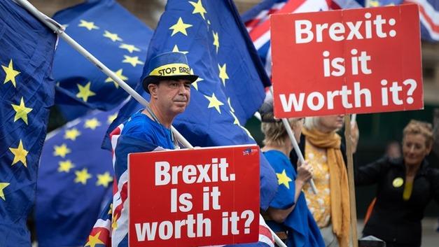 На оплату Brexit'а направят деньги, украденные из России