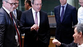 Еврокомиссия не знает, надо или не надо устраивать торговую войну с США
