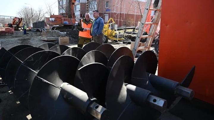 Скоро дорогу закроют: в Челябинска идет ремонт коллектора на Куйбышева