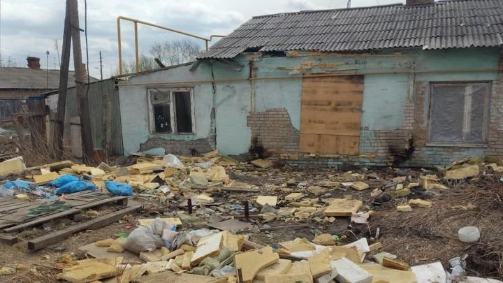 В Челябинске прокуратура потребовала мэрию закрыть проход к разваленному дому