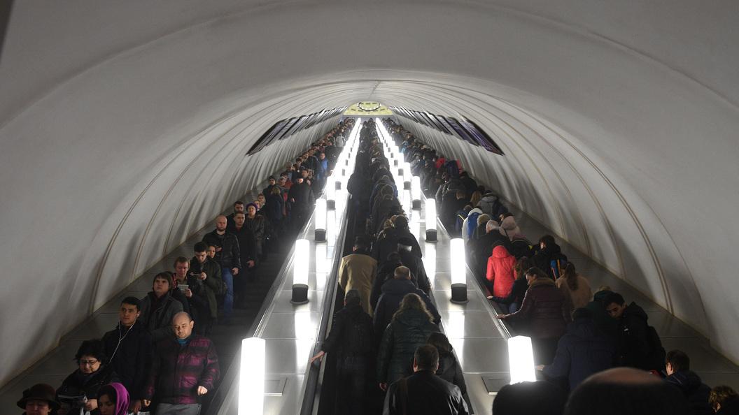 Столичное метро перешло наусиленный режим работы из-за ливня