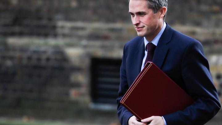 Посольство России обвинило министра обороны Британии в подстрекательстве