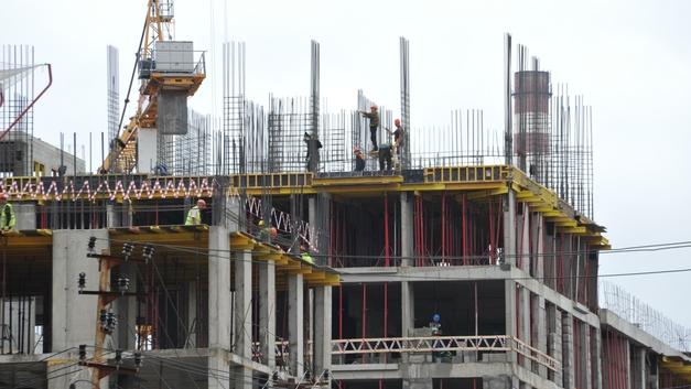 После Прямой линии Минстрой признал, что статистика проблемных объектов в долевом строительстве угрожающая
