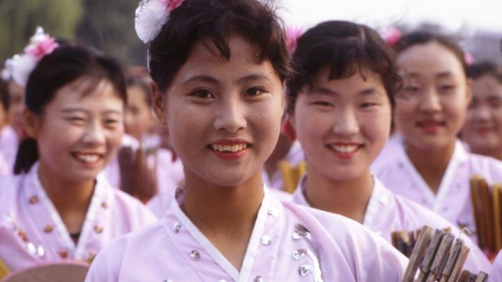 Северная Корея стала больше заказывать шоколада из Китая