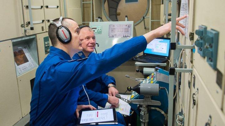 Русским космонавтам дали два выходных на МКС