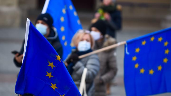 Где санкции против США и Испании?: Ирландский евродепутат устроила коллегам разнос за Навального