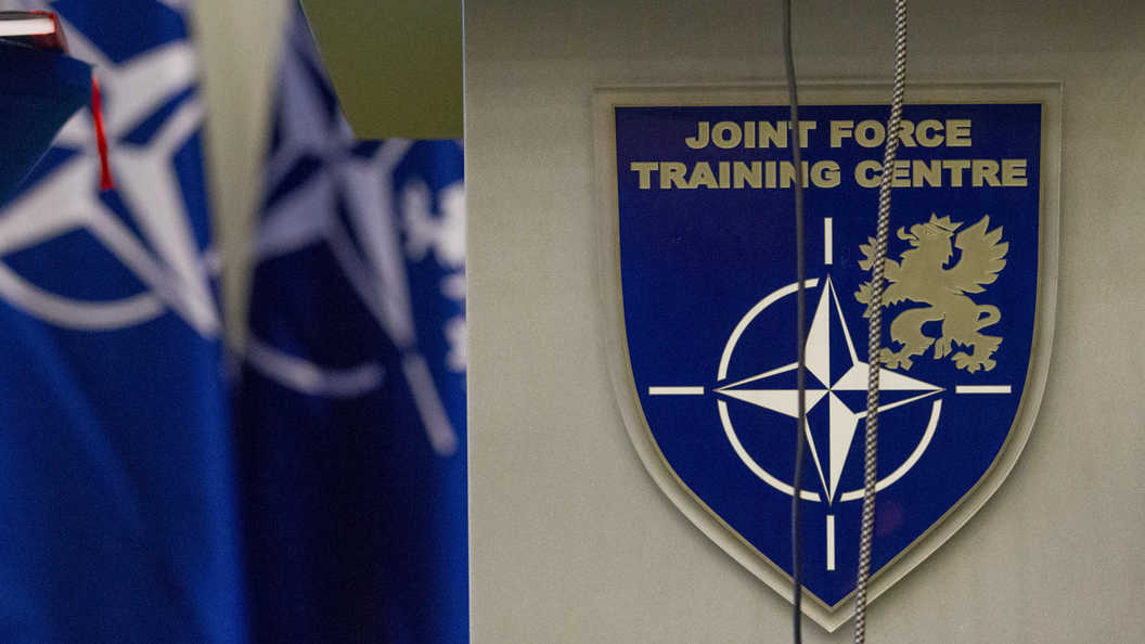 Столтенберг поведал оподготовке кновому совещанию Совета Россия-НАТО