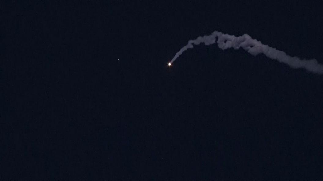 «Патриот» сошел сума: появилось видео падения американской противоракеты нажилой район