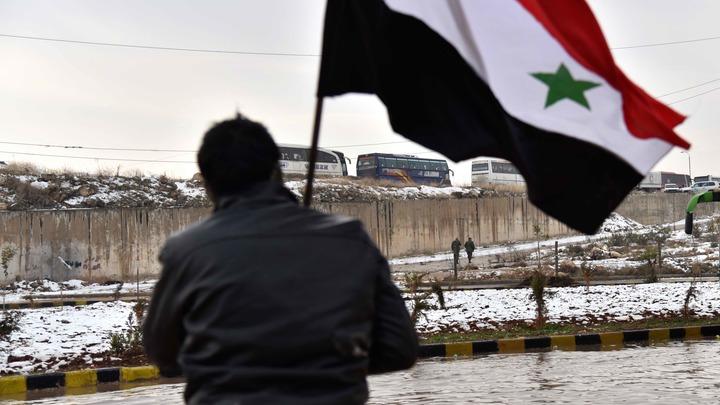 Построенный военными из России мост через Евфрат разрушен - Минобороны