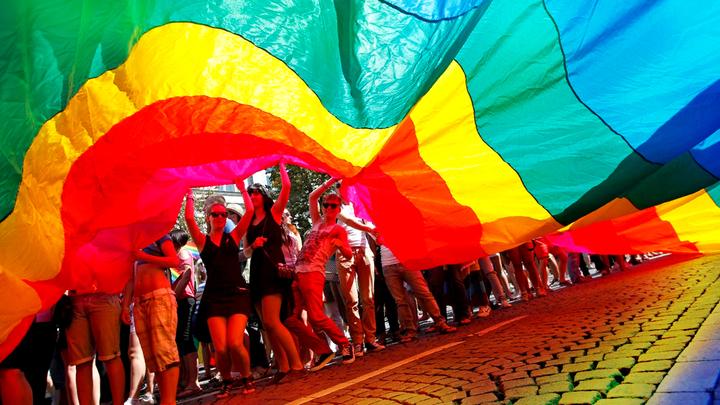 Геи всего мира с надеждой смотрят на Киев