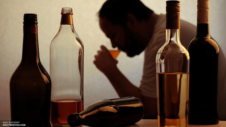Кабмину предложили ввести запрет на распитие алкоголя в дневное время