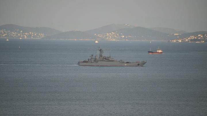 Вместо ракетных эсминцев США направили в Черное море десантный корабль с сотнями морских пехотинцев