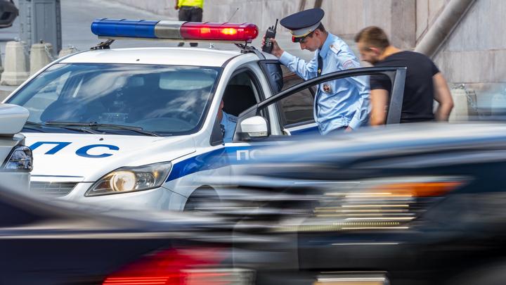 Автомобиль замминистра обороны РФ попал в аварию в Москве