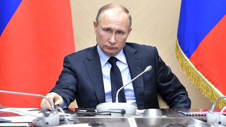 Владимир Путин приехал на место трагедии в Кемерове