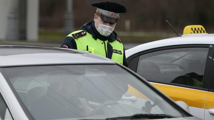 Все в казну: Смольный планирует штрафовать водителей вместо ГИБДД