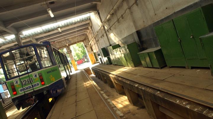 В Екатеринбурге отменили единственный трамвай, возивший до Зеленого Острова