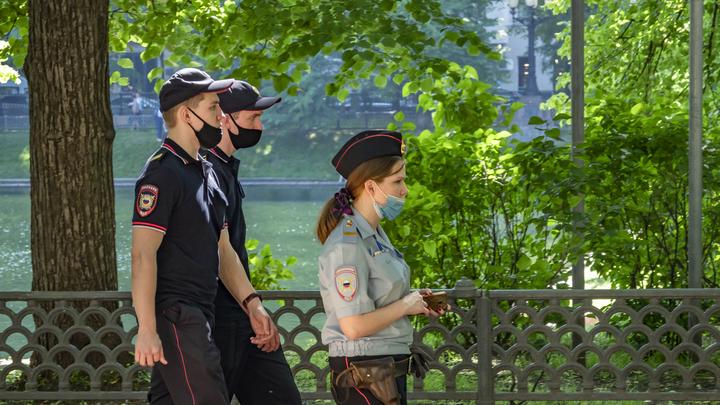 Участковый полицейский на Урале вытащил из реки двух тонущих детей