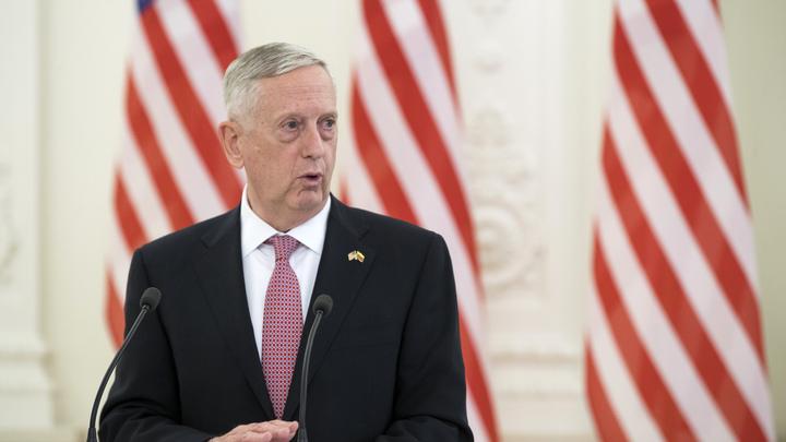 Глава Пентагона заявил о готовности задавить КНДР санкциями из-за ядерной программы