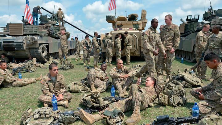 Полтысячи солдат-самоубийц. Эта армия и эта страна убивает себя сама