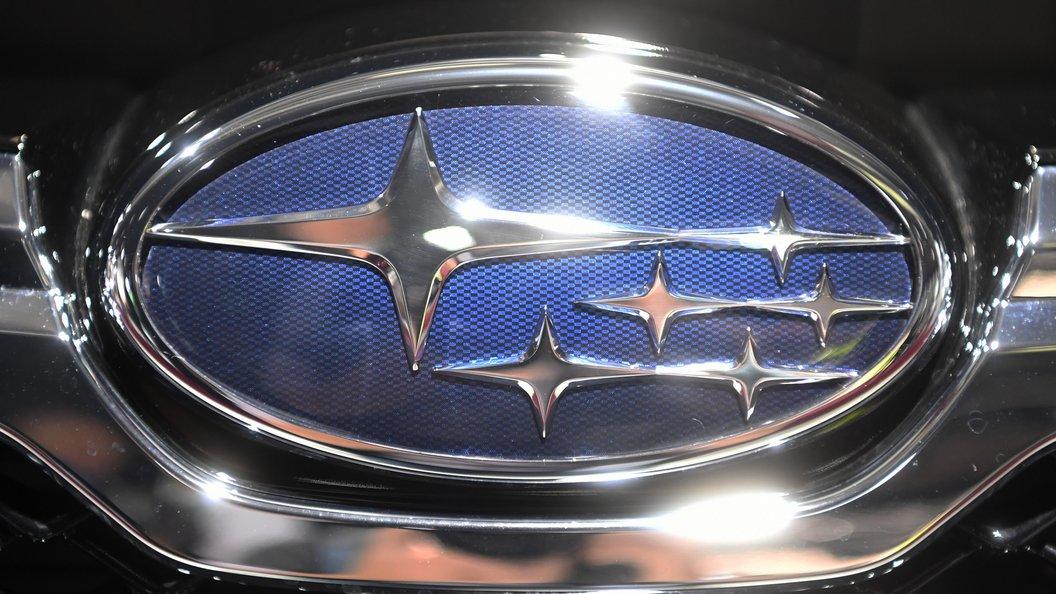 Карбоновый седан Субару с поразительной оптикой получил STI-версию