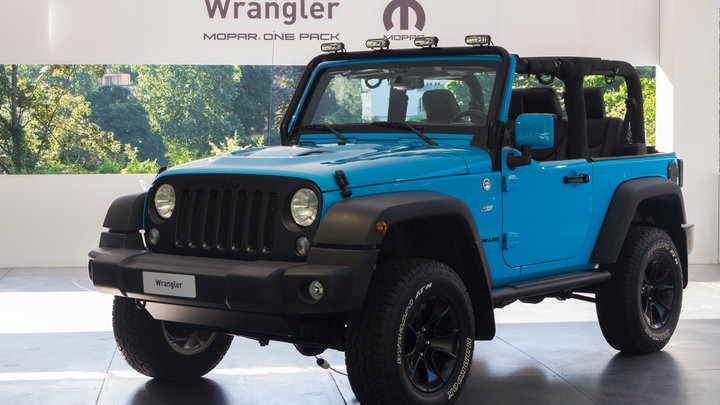Jeep Wrangler нового поколения попал в объективы фотошпионов