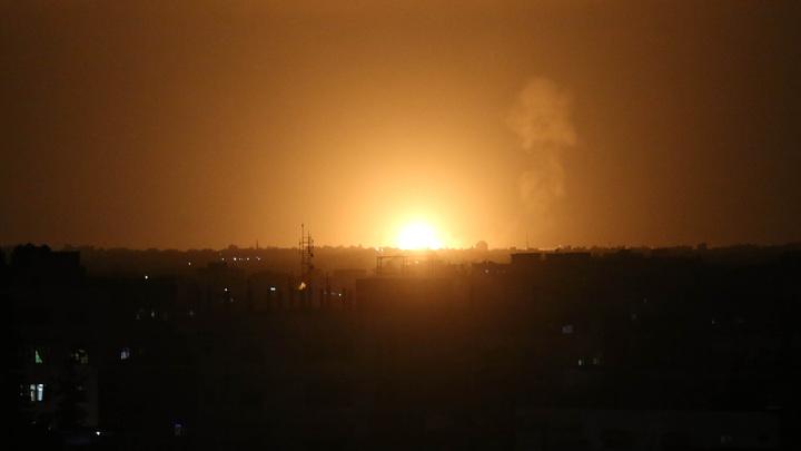 Израиль вновь бомбит Сирию: Русские истребители не испугали?