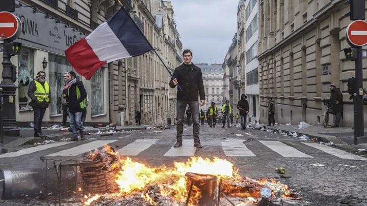 Сможет ли политическая «алхимия» Макрона успокоить Европу?