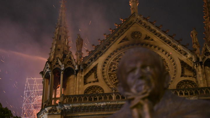 Нотр-Дам под угрозой: Реставратор предупредил об опасности обрушения сводов собора