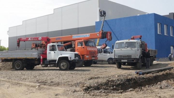 В Кемерове завершается строительство нового ледового комплекса
