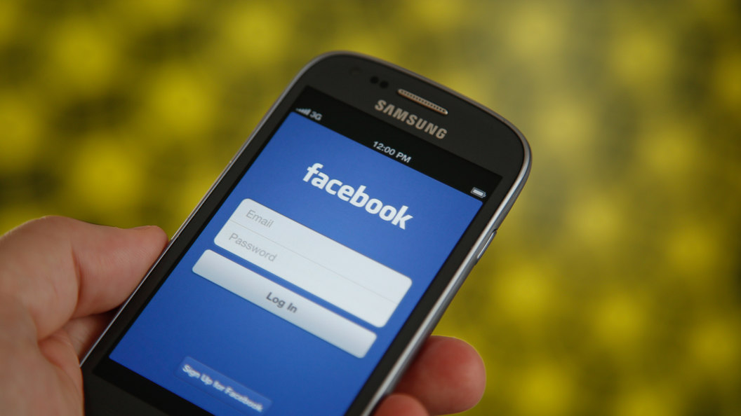 Facebook заявила права на домен российской компании facebook.ru