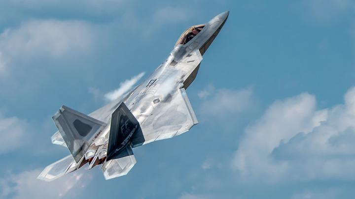 С-400 против господства в воздухе F-35: В США объяснили, почему покупка Турцией российских ЗРК так беспокоит Пентагон