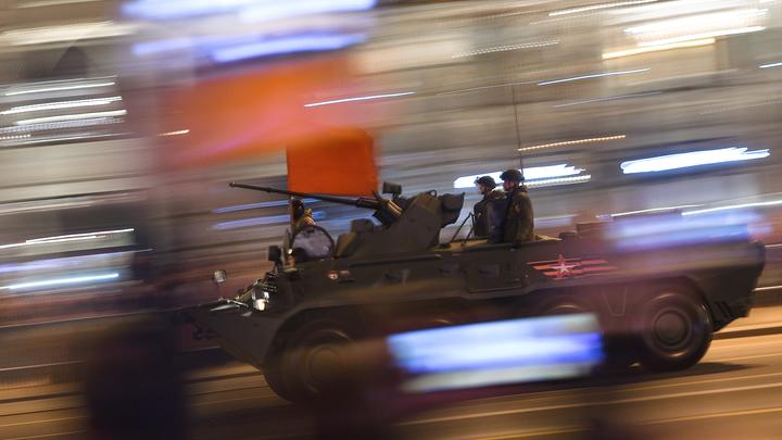 В России появился новый броневик: Русская Стрела пролетит сквозь мощные взрывы и обстрелы