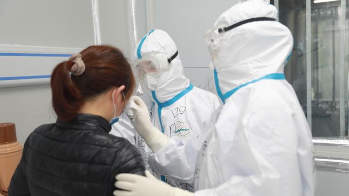 Шокированы и напуганы: Украина снова отложила эвакуацию своих граждан из Уханя