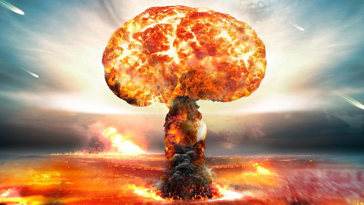 Вальдемар собрался нырнуть. В фонтан ядерного взрыва