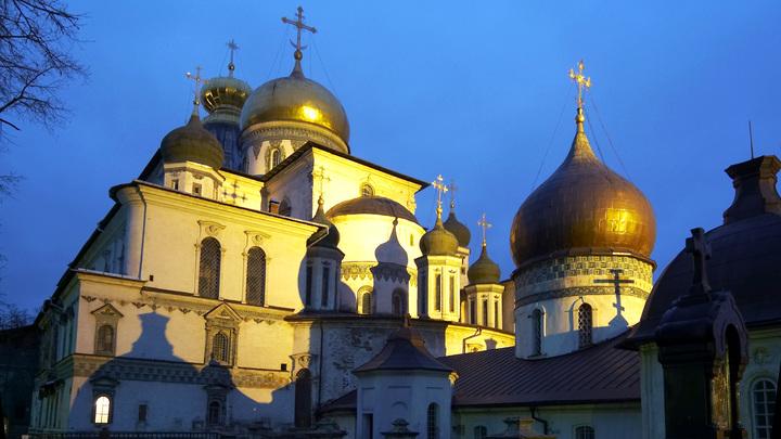 Господь внял нашим молитвам: Православные храмы открывают двери для прихожан в Подмосковье