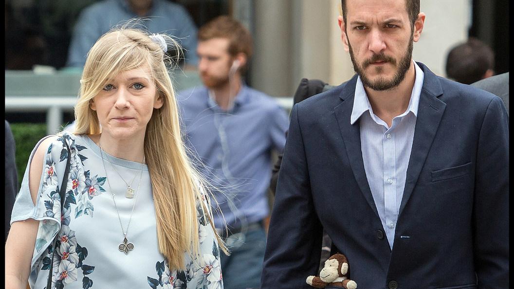Британские медики устроили родителям смертельно больного Чарли последнее испытание
