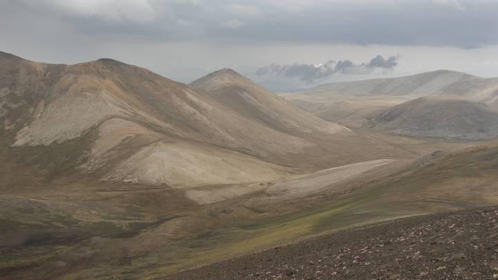 Обострение в Нагорном Карабахе: Азербайджан обещает сбивать самолеты Армении