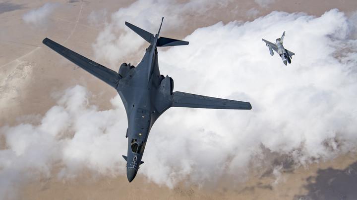 Российские Су-27 развернули над Чёрным морем заблудившихся французов