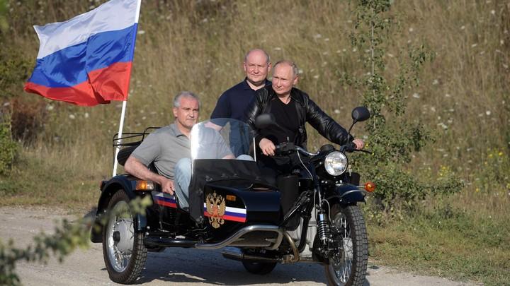 Лихость, кураж, молодость!: Путин на Урале поразил байкера Хирурга
