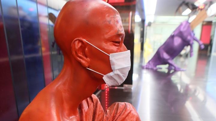 Излечившийся от коронавируса пациент остаётся заразным. О проблеме рассказали учёные