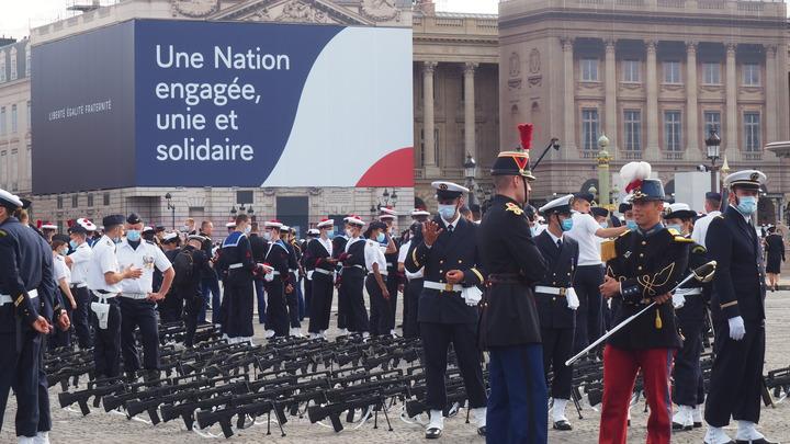 Герои коронавирусного фронта: К параду ко Дню взятия Бастилии присоединились современные воины