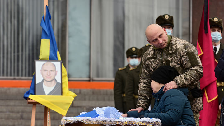 Совет матерей умоляет предотвратить войну на востоке Украины: Опасная черта ещё не пройдена