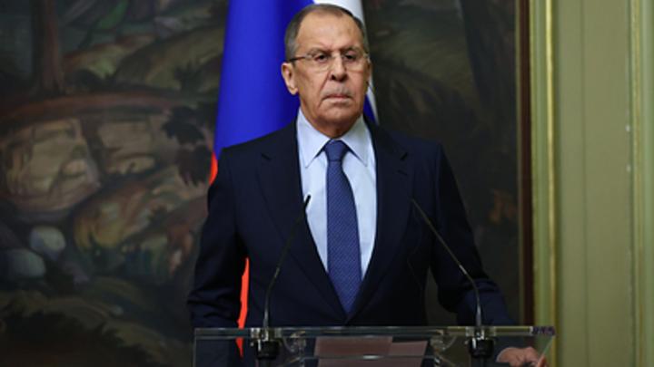 Лавров пообещал импортозамещение вместо системы SWIFT