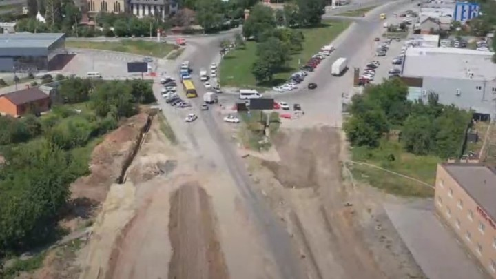Для кого откроют проезд по мосту на Малиновского с 1 августа