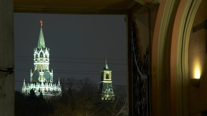 Треть граждан России ложатся спать после полуночи - опрос