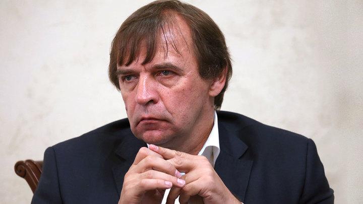 Футбольную сборную покинул главный тренер